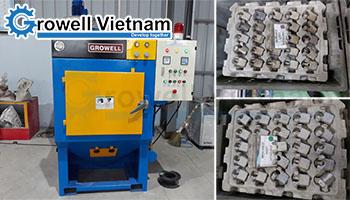 Khách hàng TP. HCM lựa chọn máy phun bi dạng thùng đảo Growell
