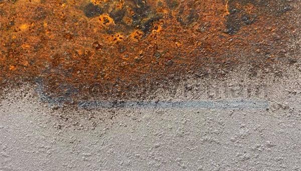 Phun cát tẩy rỉ làm sạch bề mặt
