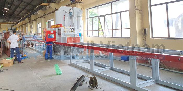 Máy phun cát tạo nhám nhôm trước khi anode GSS-1000-16SG do Growell Việt Nam sản xuất